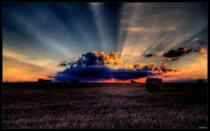 sky hdr by Bexter2k5