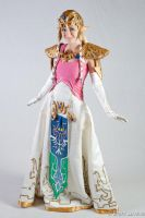 Princess Zelda standing - Kio by lavelle