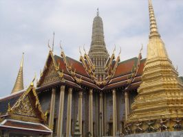 Temple of the Emerald Buddha by TeSiamese