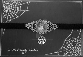 HANDMADE - Full Moon Choker by IWantCandyCreation