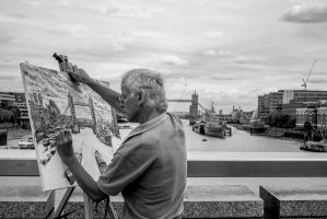 An Artist painting Tower Bridge by JSWoodhams
