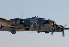 Liberty Belle Low Pass by AirshowDave