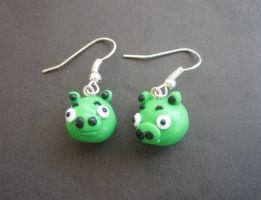 Angry Birds Pig Earrings by ClayMyDay