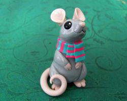 Mouse with scarf by DragonsAndBeasties