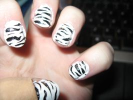 Zebra Nails by Azarahael-Morganti