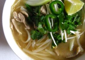 Pho - Vietnamese soup by acquiredflavor
