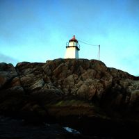 Mighty lighthouse by Rogerdatter