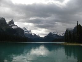 Maligne Lake View I by Beboots