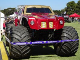 Monster Jam Adelaide 2014: Iron Man 02 by lizardman22