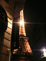 Eiffel Tower by CharlesC-D