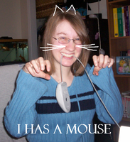 I has a mouse. by loonylawnflamingo