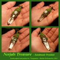 Nerjals Treasure - handsculpted Pendant by Ganjamira