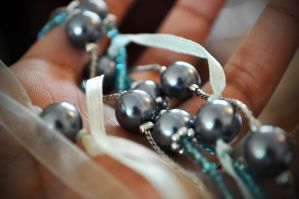 Pearls In My Hand by this-is-the-life2905