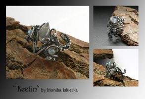 Keelin- wire wrapped ring by mea00