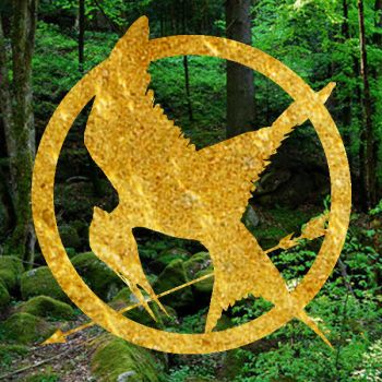 Hunger games forest and Mocking jay gold version by Nekomahotsukai