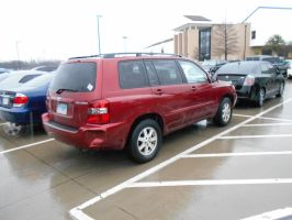 2004 Toyota Highlander [Beater] by TR0LLHAMMEREN