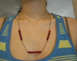 black and red bead necklace by pnuewave