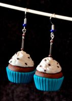 turquoise cupcake earring by Pamperki