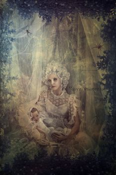 Mother and Child by maiarcita