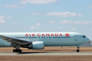 767-300 rolling by tdogg115
