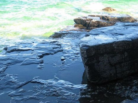Waves and Rocks edit by Tya226148