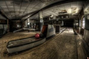 Strike 10! by szydlak