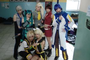 Vocaloid Family by Vede