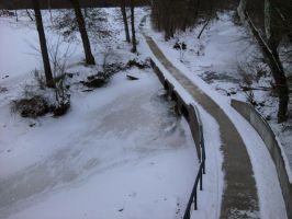 Snowy footpath by Sheighness