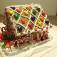 Mickey and Minnie Ginerbread House Pic 3 by invaderjade1