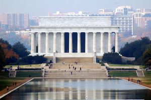 Lincoln Memorial by jhg162