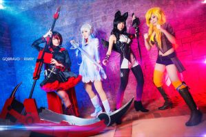 TEAM RWBY ASSEMBLE! by Sasha-Dee