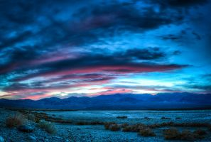 Sunset Over Death Valley by eprowe