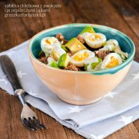 bread salad with quile eggs and avocado by Pokakulka