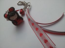 Porte cle ou bijou de sac Kokeshi love St Valentin by Lillycherry-Creation