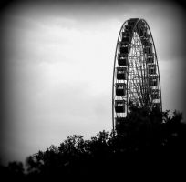 ferris wheel - holga by LadyGrabow
