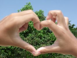 Heart-shaped and Greeeen by aL-viN