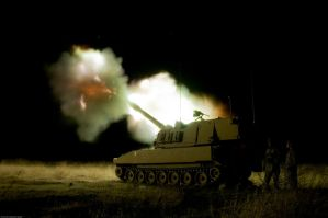 Battle Kings Night Fire by MilitaryPhotos