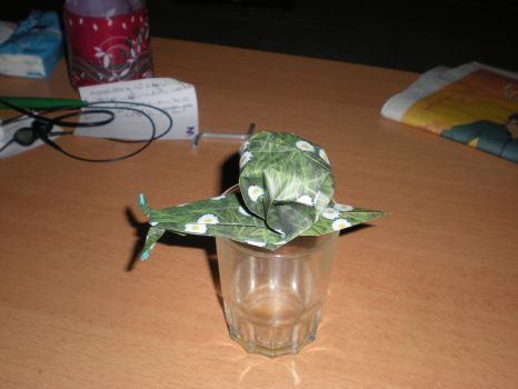 origami escargot by Trytoread