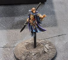 Levitating Eldar Farseer by DaveV