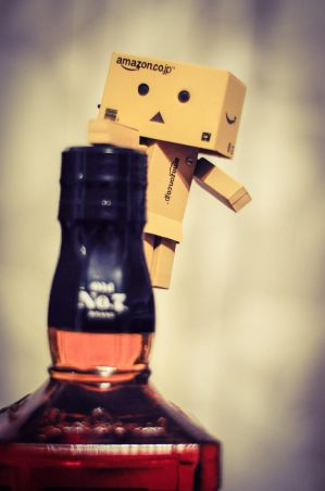 Danbo shares his drink by DaRaPhotos