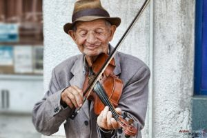 The violonist by andreiciungan