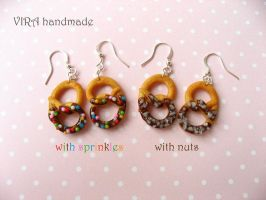 Realistic pretzel earrings by virahandmade