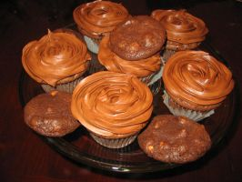 Rolo Cupcakes by FrogsRSexy