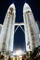 Petronas Tower by mellemichellelatif