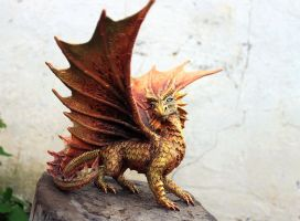 Golden dragon Ovid by hontor