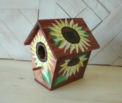My second Stained Sunflower Birdhouse by sweetpie2