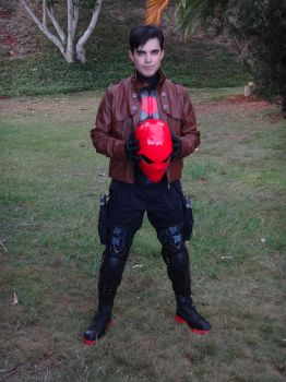 Jason Todd / Red Hood (Cosplay) by bornes