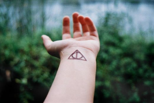 deathly hallows by LadyGrabow