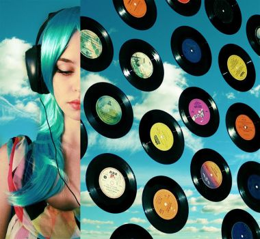 girl, put your records on by jesidangerously