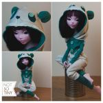 NOT-SO-TINY: KIGURUMI PANDA by czartamop